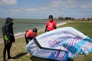 3 kitesurfschool, kitesurfles, kiteles, kite cursus, Friesland, Waddeneilanden, IJsselmeer, Basis