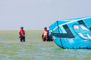 2 intro kitesurflessen halen 1 betalen